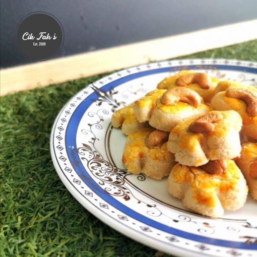 Cashew Nut Cookies - Cik Fah's